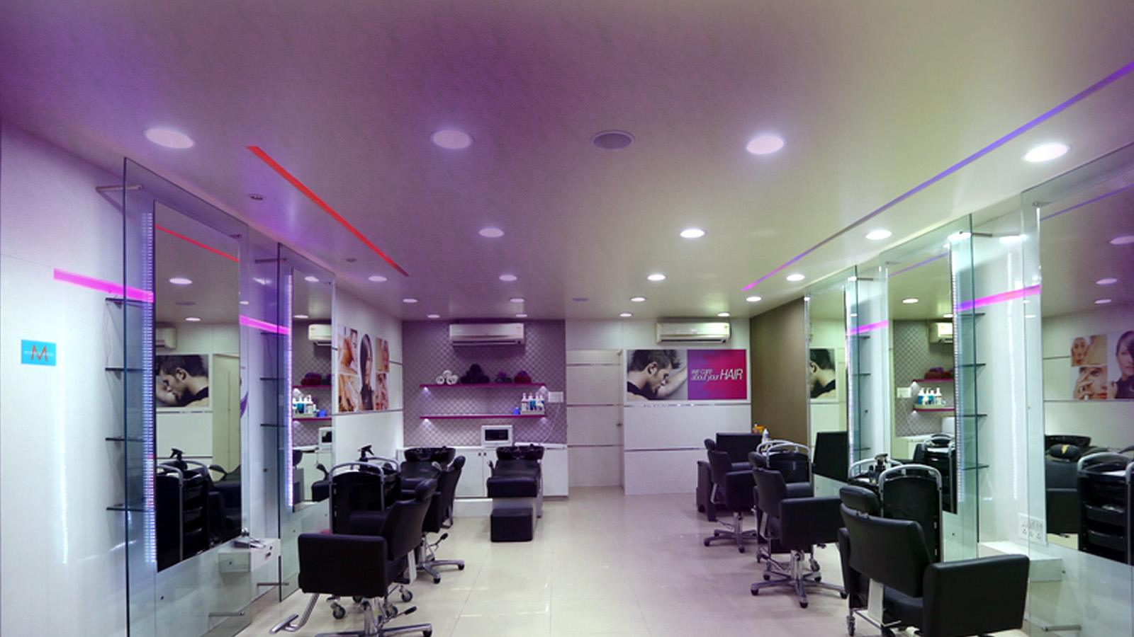 Naturals India's No.1 Hair And Beauty Salon