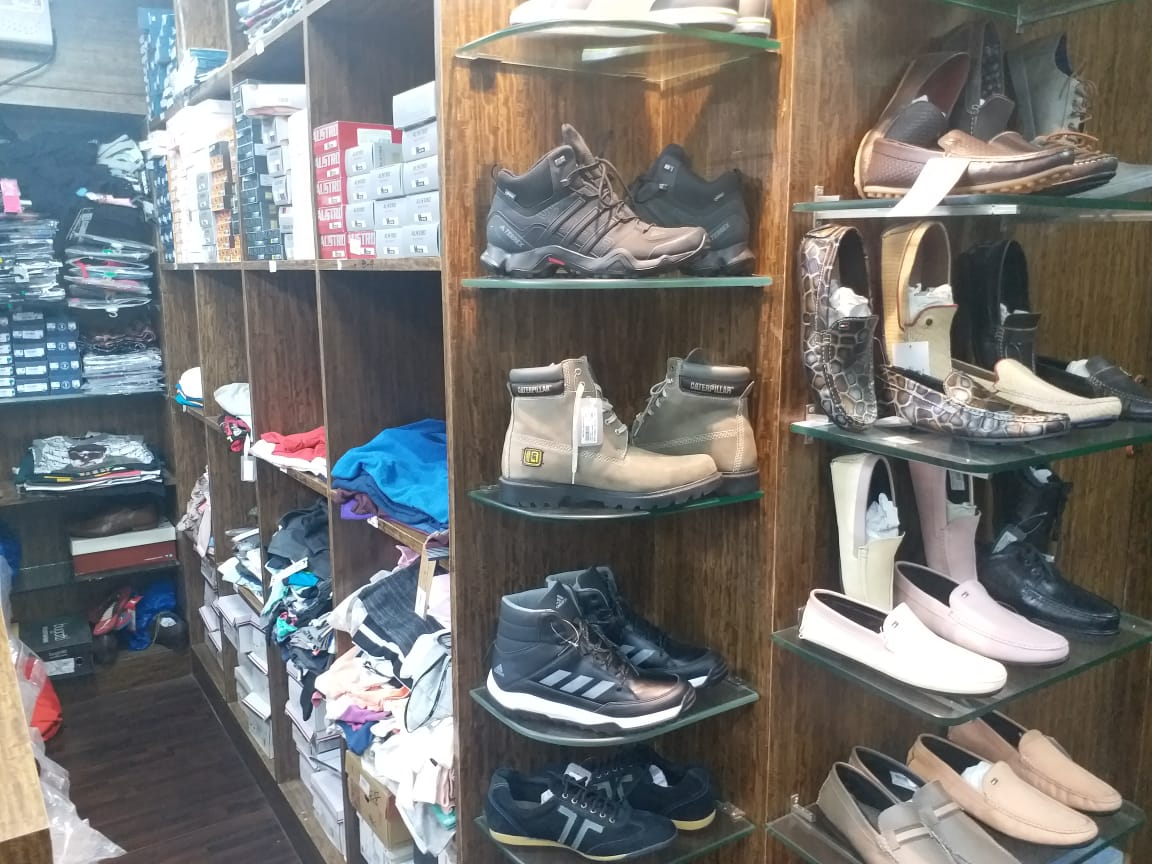WESTERN LEATHER STORE