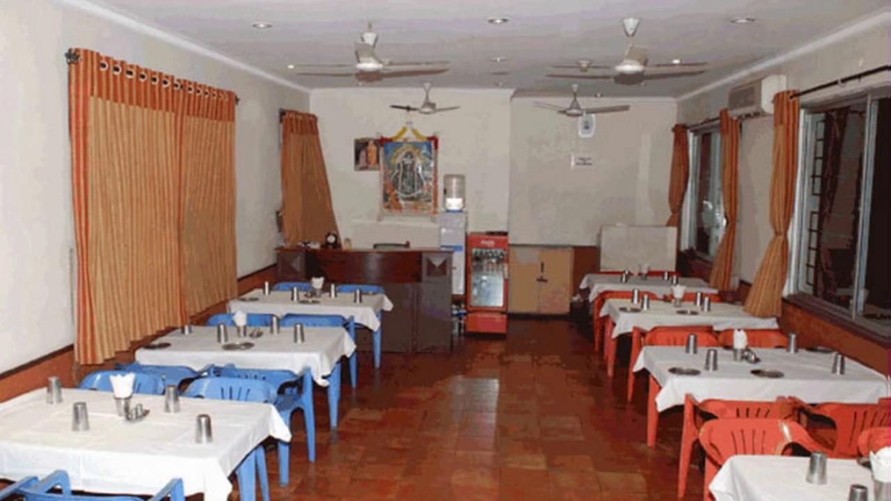 Hotel Prem Nivas